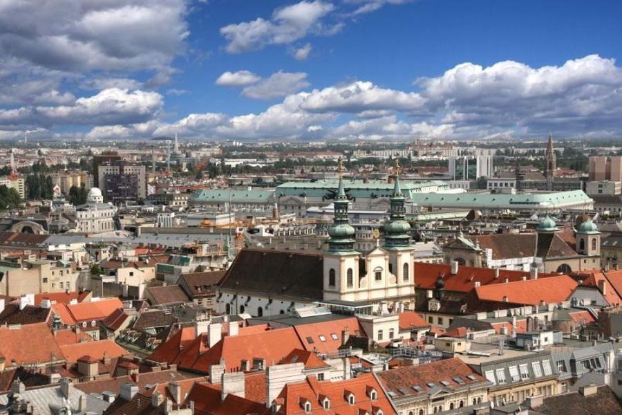 vienna-aerial-view-of-university-church-dominican-church