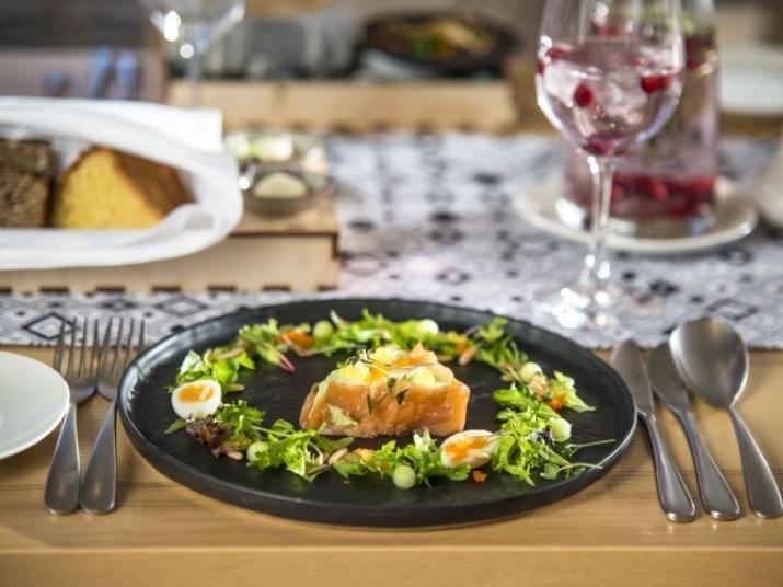 restaurant_noot-toit-gallery