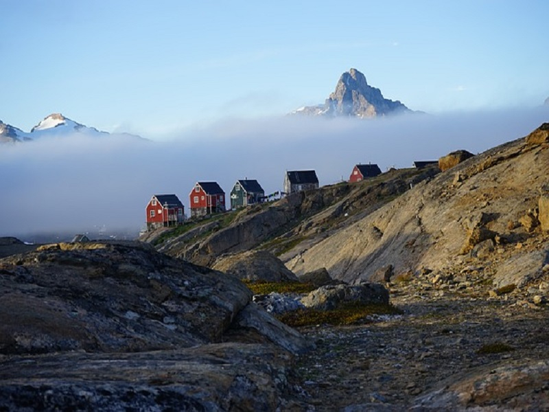Greenland-Cottages-Houses-East-Greenland-Tasiilaq-892511